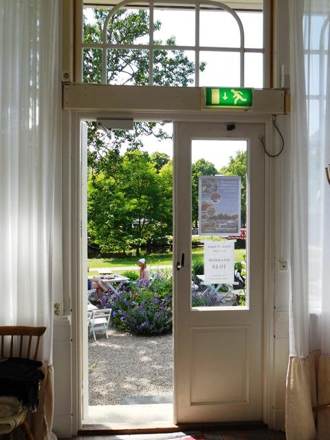 Eingang Cafe Mandeltartan