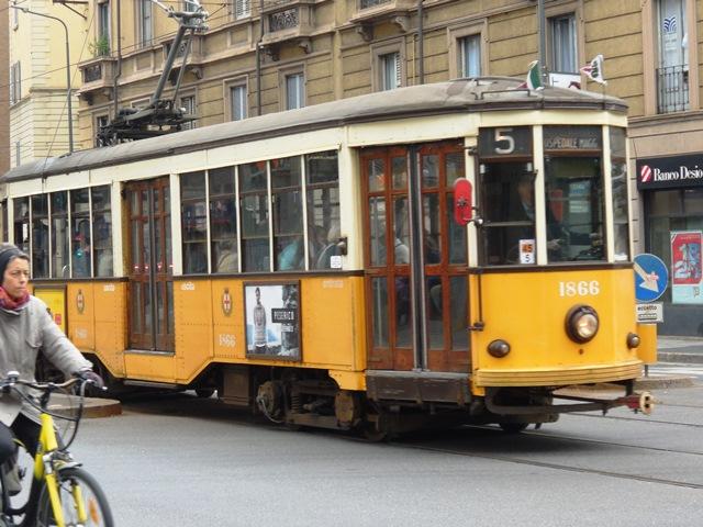 Alte Straßenbahn in Mailiand