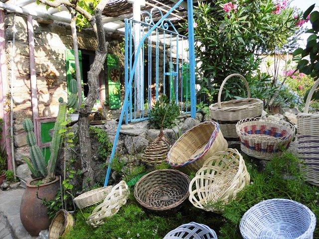 Korbmacher in Volax auf Tinos