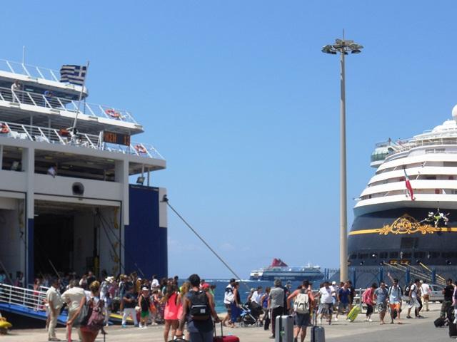 Am Neuen Hafen von Mykonos