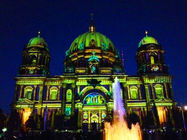 BerlinerDom_festival_of_lights