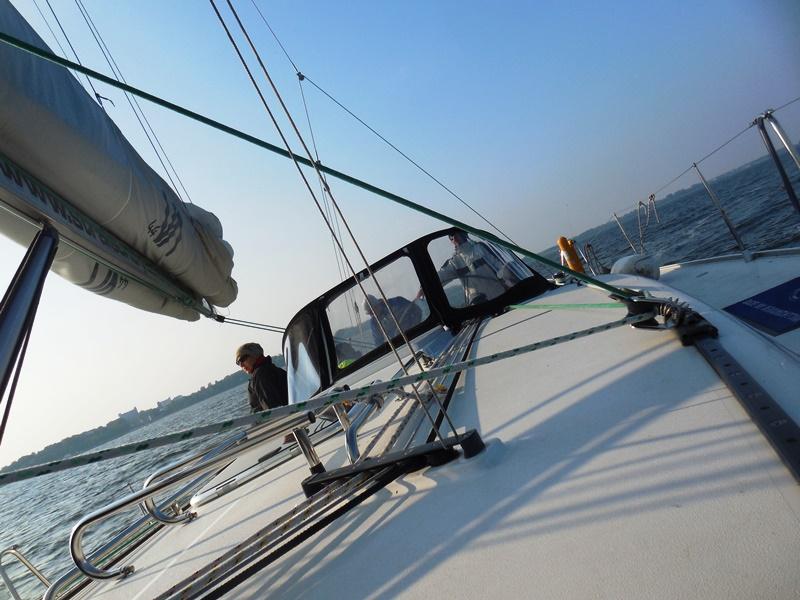 Mit dem Seegelboot auf der Ostsee