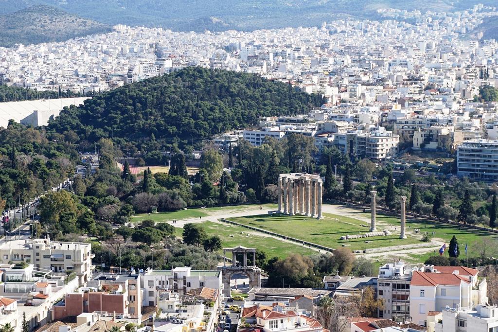 Blick von der Akropolis auf den Tempel des Olympischen Zeus