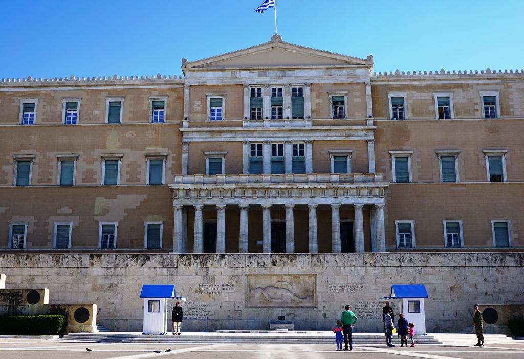 Athen_Syntagmaplatz_Evzonen_Wachablösung
