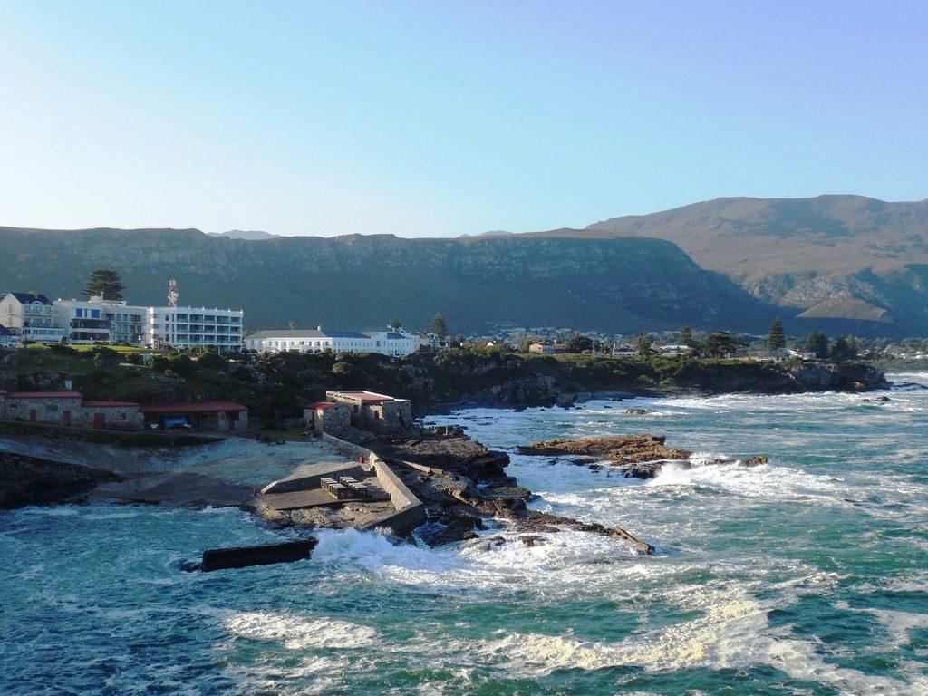 Blick auf Hermanus, Atlantikküste Südafrika