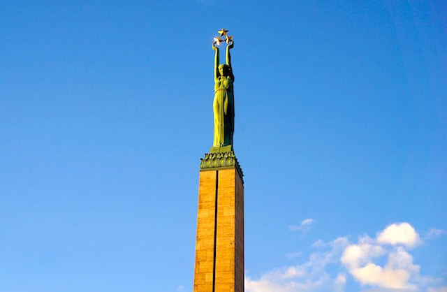 Der perfekte Tag in Riga - Freiheitsdenkmal