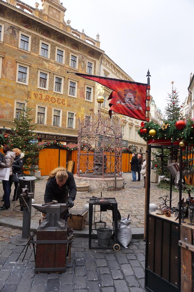 weihnachtsmarkt-prag