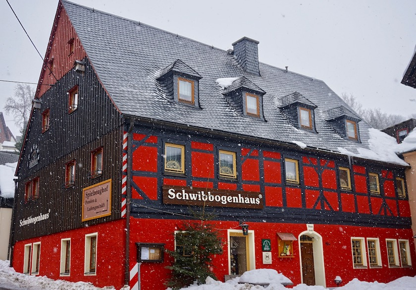 Erzgebirge Schwibbogenhaus