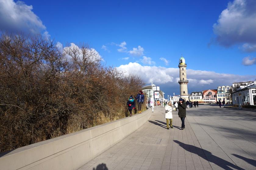 Warnemünde, Promenade