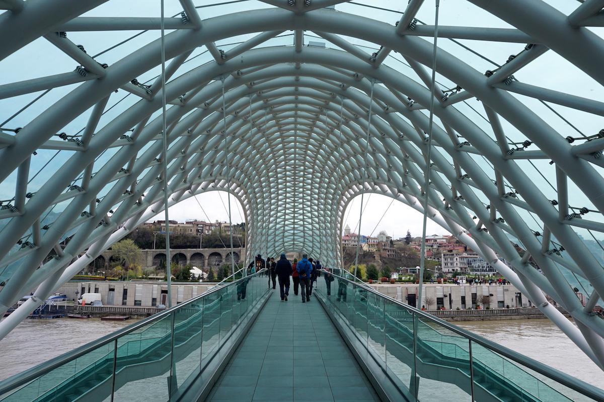 Tiflis_Friedensbrücke
