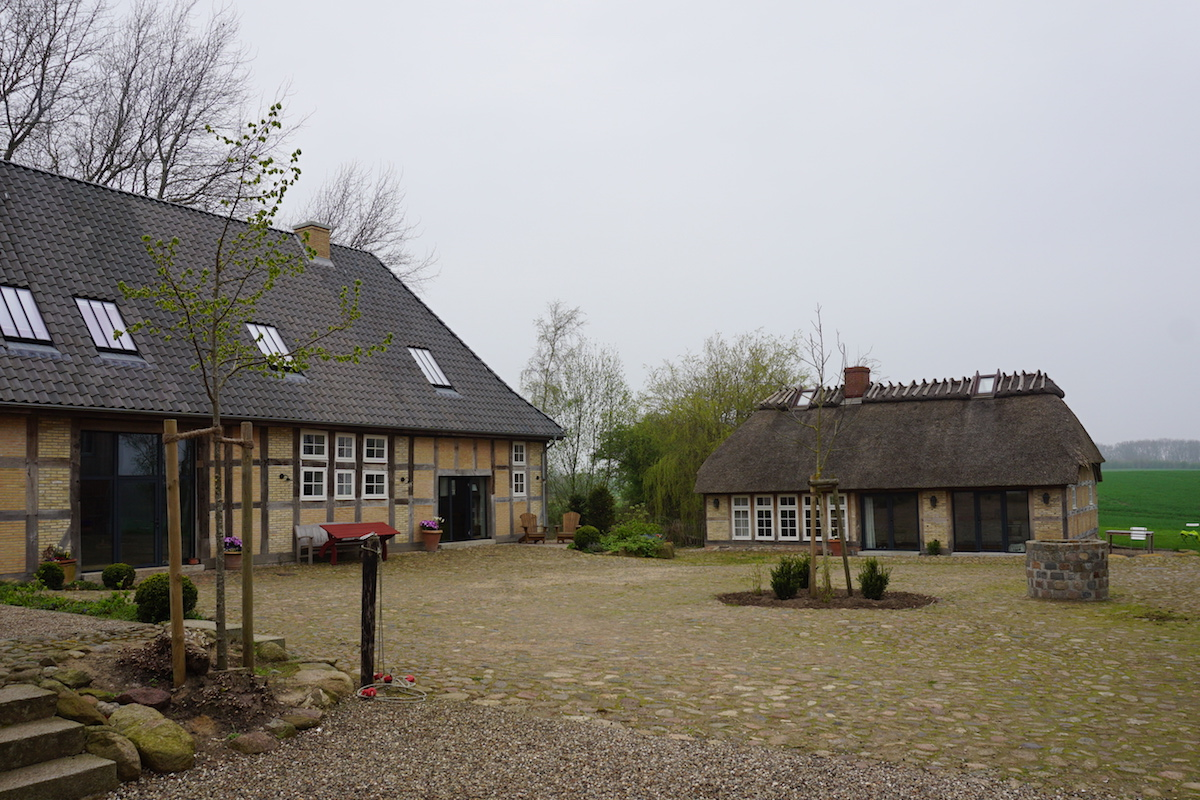 Ostseehof Langfeld, Westerscheune und Backhaus