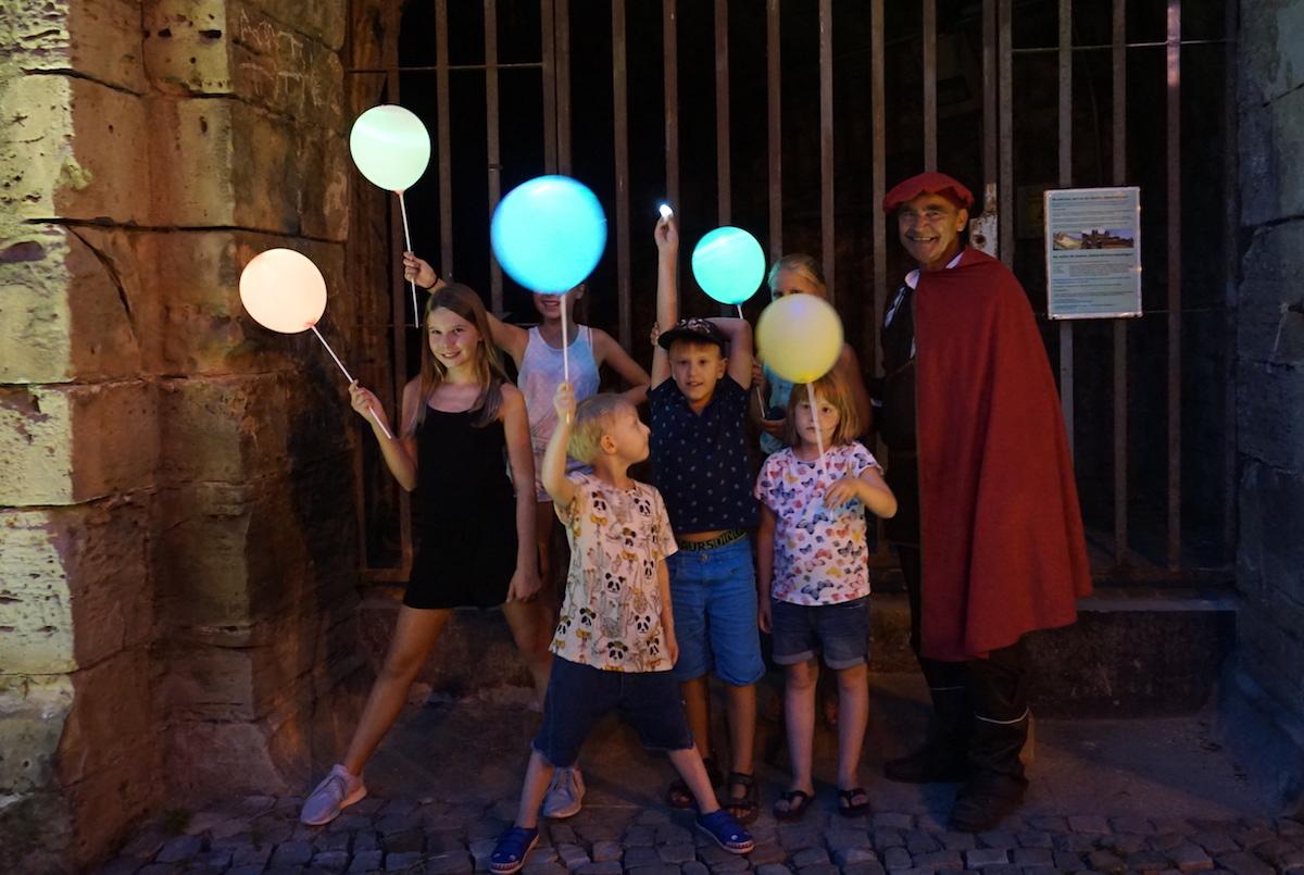 Magdeburg mit Kind, Lampion- und Lichterführung