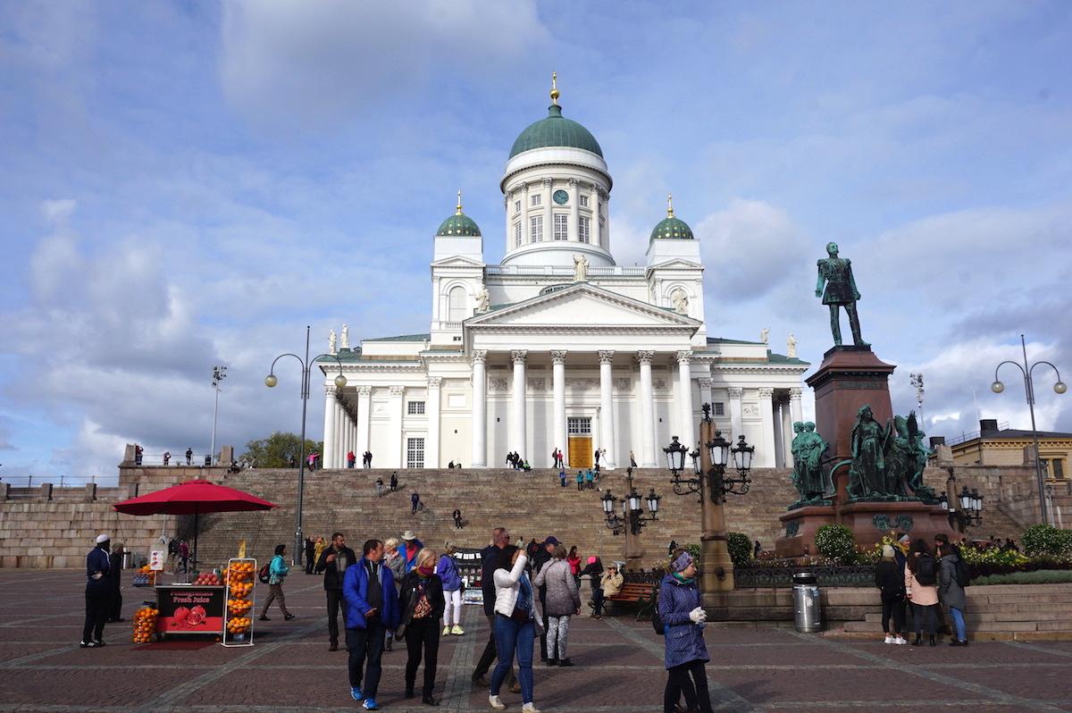 Helsinki, Dom Senatsplatz